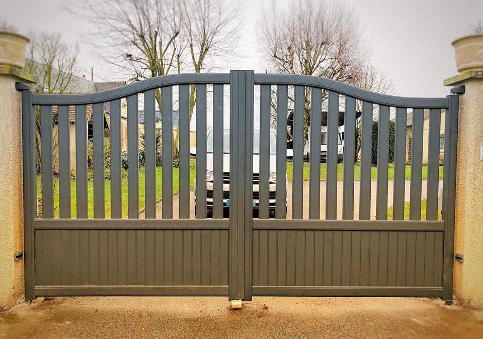 Changement d'un portail en aluminium + motorisation près du Neubourg