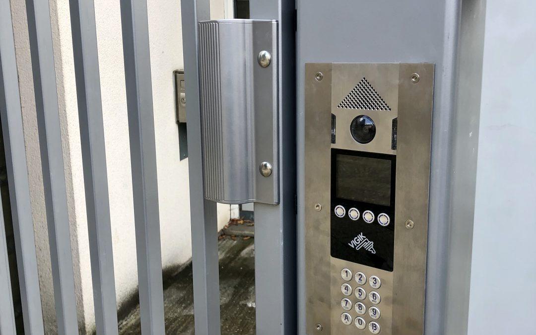 Création d'un portillon d'accès à 3 immeubles avec vidéophonie connectée